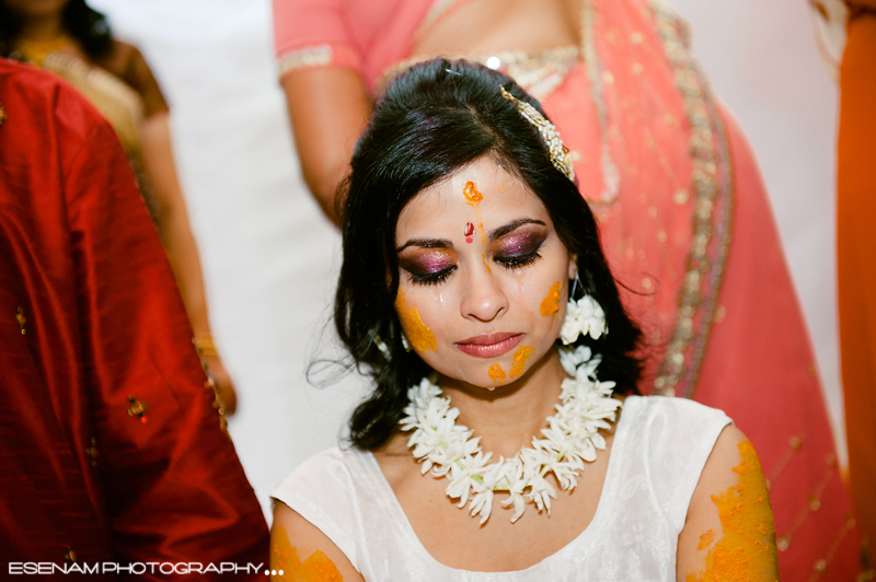 Http Www Esenamphotography Com Indian Wedding Traditions Chicago Mehndi And Garba Indian Wedding Photographers Chicago Indian Wedding Traditions Chicago 3