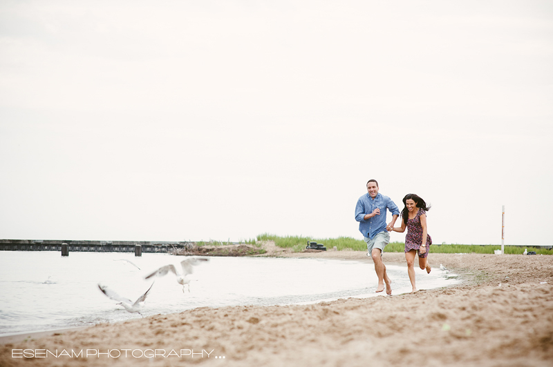 chicago-beach-engagement-pictures