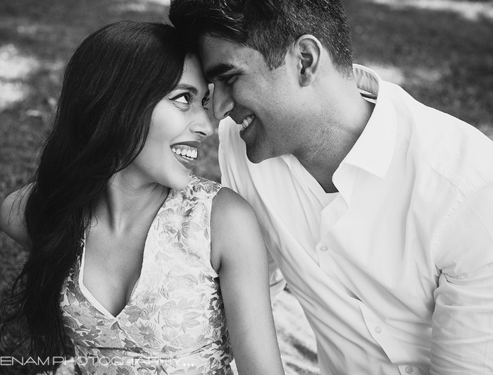 Gopi & Joel: A Chicago Engagement Sneak Peek.